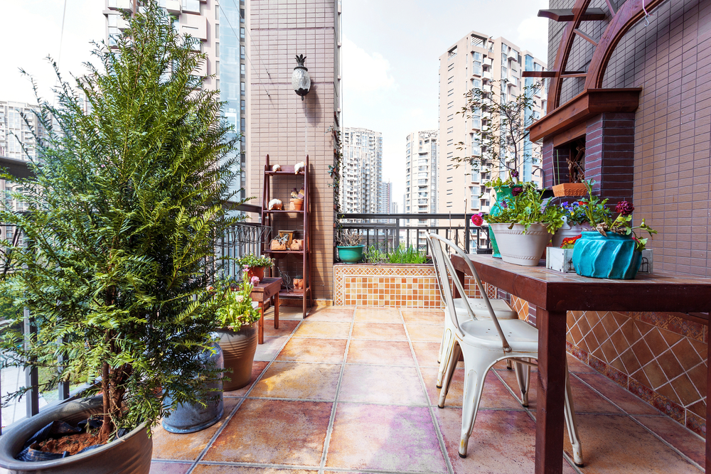 5 Ways To Get Your Condo Patio Ready For Summer