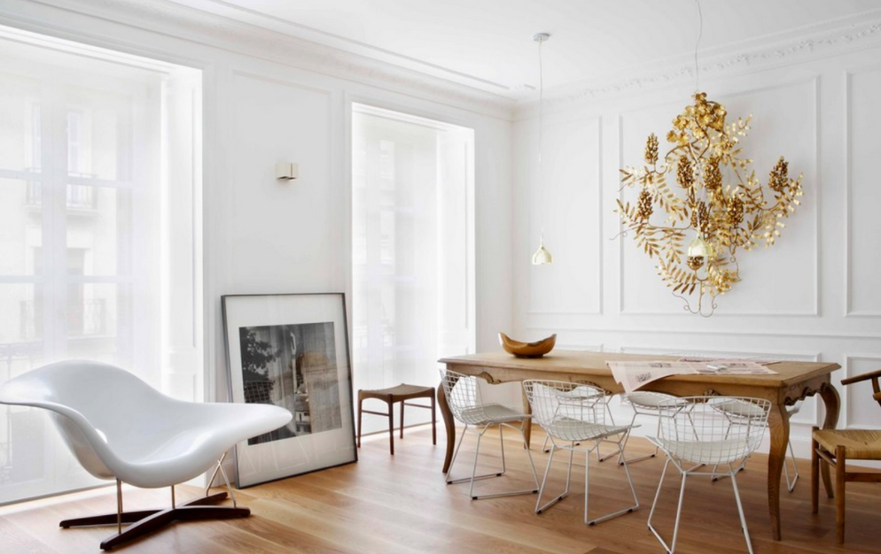 its cold and storm y outside but inside its bright and fresh with crisp whites and light accents keep your colour palette to whites to reflect the - Fresh Home Decor
